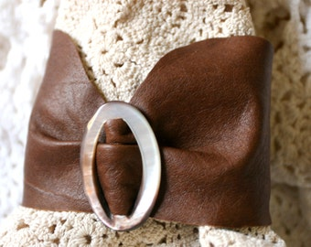 Butter Soft Brown Leather Bracelet Vintage Pearly Brown Mother of Pearl Buckle Beads