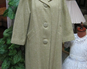 Vintage soft pale green light wool coat, celery color nubby woven wool lightweight 50s style coat size M or L May Co.