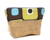 RETRO Cosmetic Bag with Burlap and Blue and green squares Design