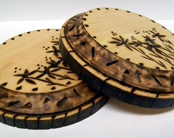 Folk Art, Woodburned Wildflowers, Wood Plaques, Set of 2, Flower Garden, Floral Wall Hanging, Rustic Home Decor,  Round Pyrography