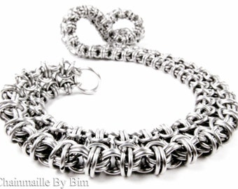 Chainmaille Necklace - Fitted Byzantine Ladder