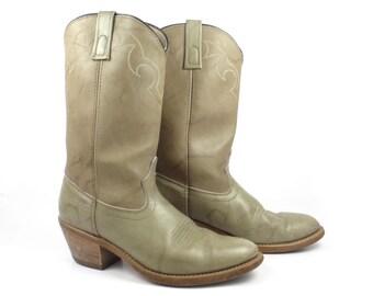 Men's Cowboy Boots Vintage 1980s Taupe Men's size 8 Dingo