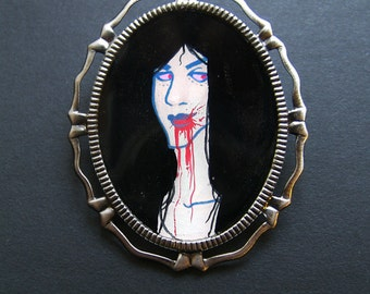 Creatures of the Night CLASSY VAMP II 30 x 40 mm Hand Painted Cameo Pin