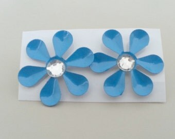 1960s-70s Aluminum Daisy with Rhinestone Earrings in BLUE