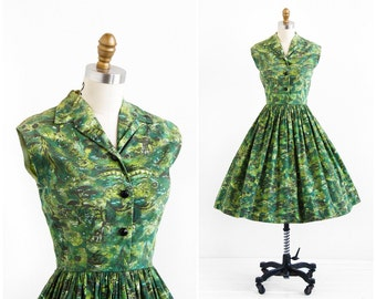 vintage 1950s dress / 50s dress / Green Novelty Tree Print Cotton Dress