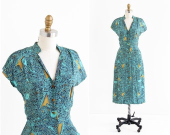 vintage 1940s dress / 40s dress / Musical Instruments and Harps Novelty Print Dress