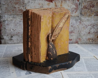 Vintage Pair of Wooden Bookends, Antique, Patina