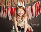 White Crown - Vintage Style - Baby to Adult - Photography Prop