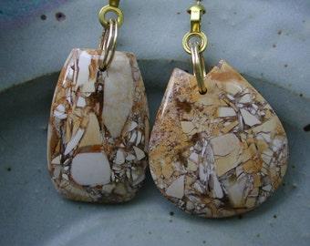 Fan Dangle / Brecciated Jasper on Gold Light Pulls Switch Pull Beige Ivory Tan Eggshell