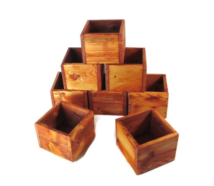 Event decor small wood boxes for favors or centerpieces
