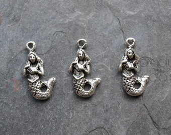12 Silver Color Metal Mermaid Charms, pendants, antique silver color 23x10mm