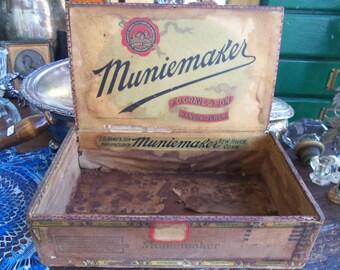 Shabby Primitive Muniemaker Cigar Box from Rustysecrets