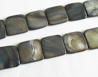 Grey shell beads , mother of pearl beads, square shell beads, 8pc, 18mm square
