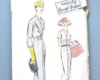 Uncut 1950s Vogue S-4685 Special Design Dress Pattern Bust 36 inches