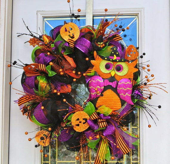 Colorful Owl Halloween Wreath,Colorful Halloween front door Decoration,Party Decoration,Burlap and Mesh Halloween Wreath