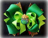 Pot of Gold Hair Bows, Boutique Hair Bow, St Patricks Day Hairbow, Rainbow Hairbows, Glitter Hair Bow, Green Layered Bow, Clover Hairbows