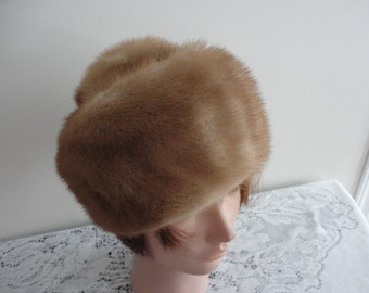 Vintage Blond  Mink Fur Women Hat 60s Boutique Kates Canada Small 21 1/2 inches