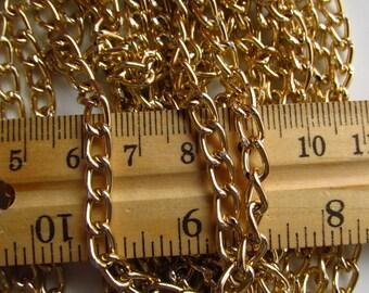Golden Aluminium 8mm by 5mm Curb Chain 3 Feet (91cm)