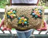 Vintage Straw Clutch Purse with Shell Accent Summer Envelope Purse Resort Chic
