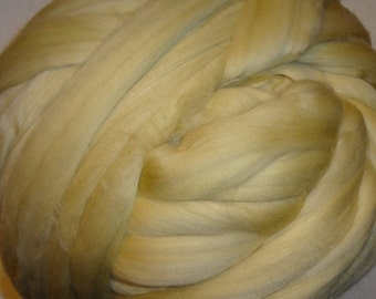 Merino Wool Roving, Wool Roving, Merino Roving - Parchment 8 oz wool roving from Ashland Bay Fibers