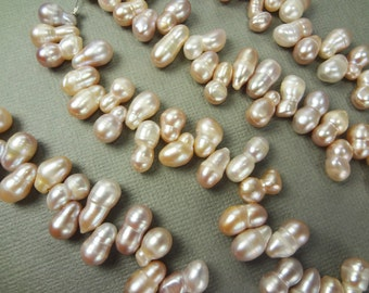 Mauve peanut pearls, double top drilled drops, 8mm to 13mm - 232