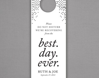 FAST SHIPPING - Set of 25 - Greek Chic Personalized Wedding Door Hangers