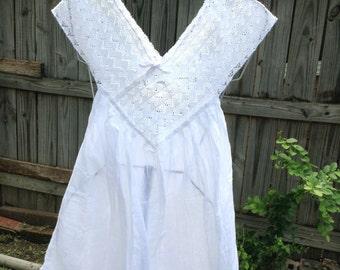 7th Design White Gauze Blouse w/Crochet Collar