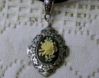 Floral Bouquet Cameo Pendant - Black & Ivory with Velvet Cord Necklace - Shabby Chic - Flower Garden- Gothic - Victorian Rose Bouquet