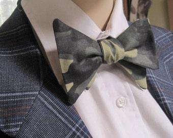 Duck Hunter Bow Tie