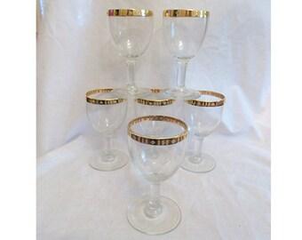 6 Vintage Hollywood Regency Cordial / Shot Glasses Gold Rimmed   Mad Men Chic