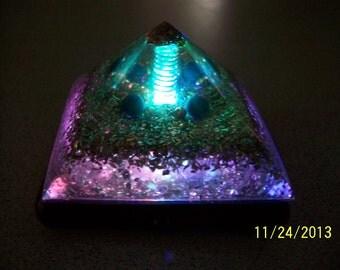 Orgone Reiki Crystal Pyramid - Lapis Lazuli Extreme Energy Generator Money Attracting Pyramid - LED LIT BASE
