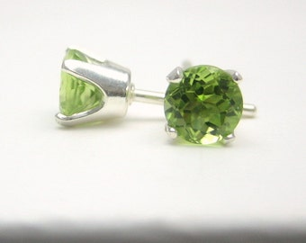Peridot Sterling Silver Stud Earrings - 3 mm 4 mm 5 mm - Green - Post Earrings - Peridot Birthstone - Peridot Gemstone