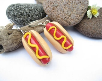 Hot dog Earrings - food jewelry, food earrings. hotdog earrings, hot dog charm, funny gift, gift for her, womens gift, polymer clay, food