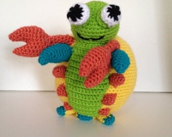 Max - the Multicolored Mantis Shrimp Crochet Pattern Instruction
