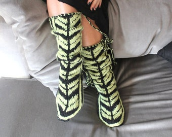 Christmas Gifts, Mukluk, Cozy Slippers, Wool Socks, House Slippers, Black and Light Green Slippers, Mukluk
