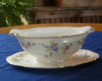 Baronet Juliet Made in Bohemia Czechoslovakia Porcelain Gravy Boat, Attached Under Plate, Floral Pattern Gravy Boat, Gold Trim , Housewares