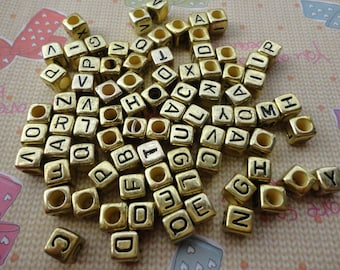 Wholesale 100pcs 6mmx6mm Gold Acrylic character Beads with 3mm Hole
