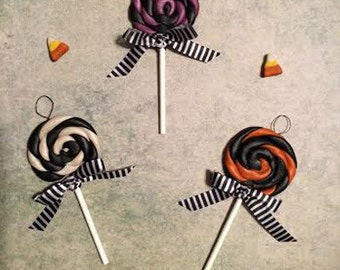 Halloween Tree Ornaments - Swirly Lollipops Halloween Candy Decorations / Black Orange Purple White