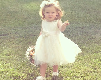 Vintage style Flower Girl Dress,  natural Organic cotton flower girl dress, lace flower girl dress, tulle flower girl dress