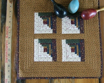 A Country Log Cabin Miniature Quilt in Gold  /Item #38