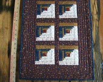 A Country Log Cabin Miniature Quilt in Burgundy