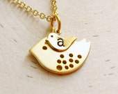 Personalized Mom Necklace with Initial, Gold Mother and Baby Bird, Mommy Jewelry, Pendant Necklace, New Mom Necklace, Mama Bird Necklace