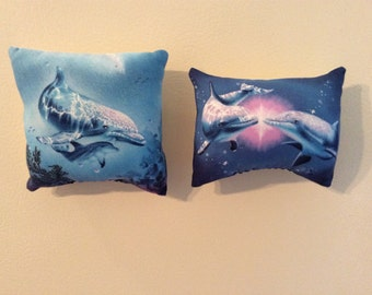 Dolphins Pillow Magnets