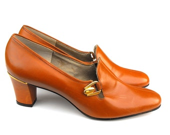 1970s Red Cross Shoes - Disco Era Ladies' Leather Loafers Working Girl College Professor Gold Tan Caramel Center Seam Size 8 High Heel Pumps