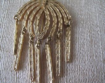 Sarah Coventry Sunburst Dangles Gold Tone Brooch 1976