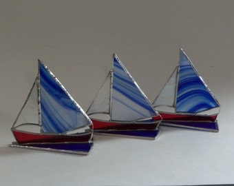 Stained GLass Sailboat // Small // 3 Dimensional // Boating // Sailing // Lake // Water // Ocean // Summer // Vacation // Fathers Day //Cute