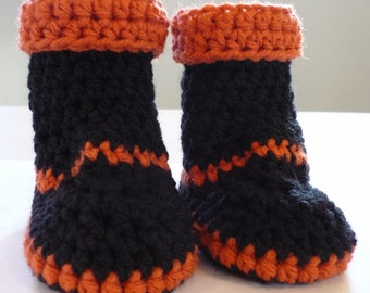 Black and Orange Halloween Baby Booties Size 0 to 3 months