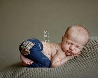 Newborn Boy Pants. Navy Blue. Knit Pants. Leggings. Stretch Pants. Plaid Pockets. Baby. Infant. Photography Prop. PRESTON. Tolola Designs