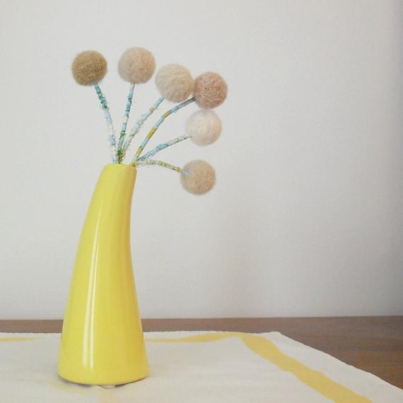 Neutral felt flower bouquet - Cream and taupe pom pom flowers - Wool felt ball flowers - Minimalist home decor - Faux Craspedia Billy button