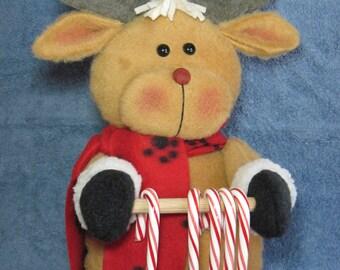 """Reindeer pattern:  """"Reindeer Candy Cane Holder"""" - #642"""